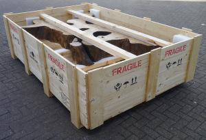 timber-crate-internalpackingtable