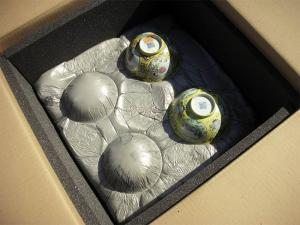 Chinese bowls in foam-moulded packing